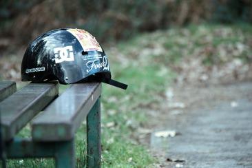bmx_helmet_at_midhurst_skatepark_bepton-scaled1000