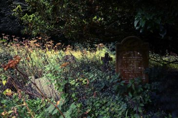 The family grave of William Russell 1925 – Treyford, West Sussex