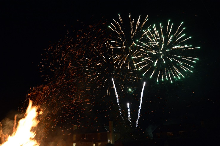 Heyshott Bonfire and Fireworks, West Sussex