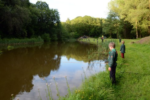 Chiddingfold Cubs Fishing Whithorn Farm 6